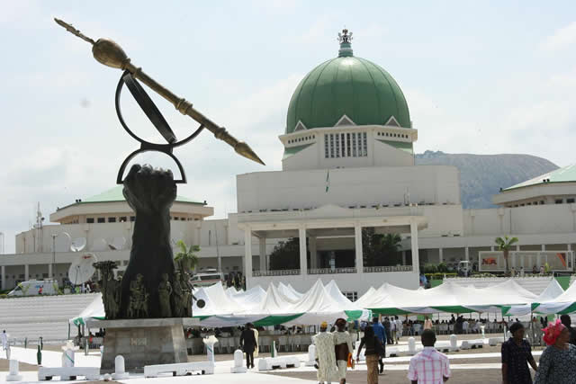Senate meets with NLC pleads on behalf of FG