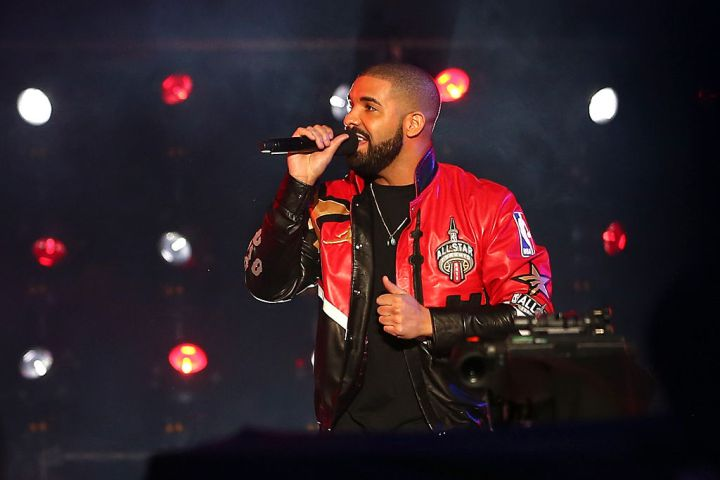Drake beats out Beyonce to top spot on charts as he breaks streaming record with blockbuster album Views