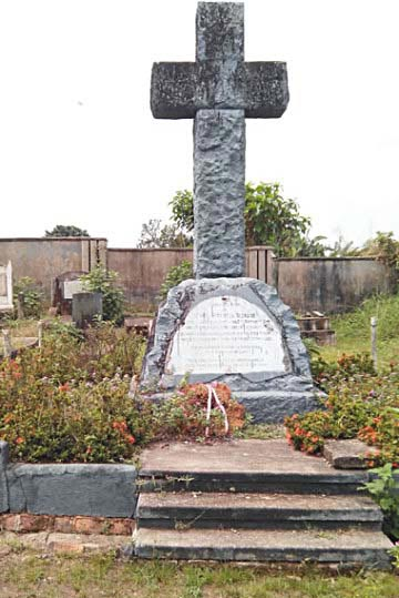 Miscreants takes over Mary Slessor's tomb in Calabar