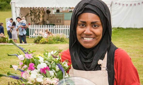 WATCH: GBBO winner Nadiya Hussain as she bakes the Queen's 90th birthday cake