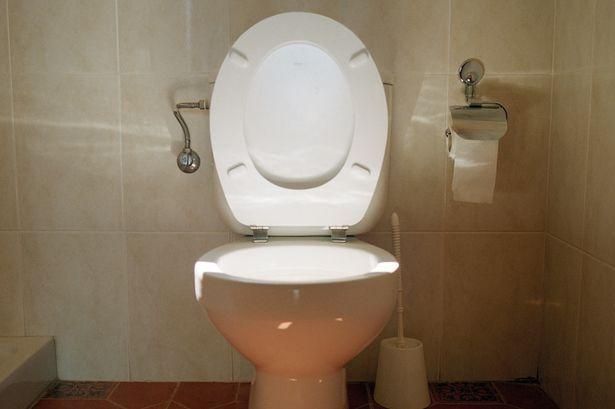 Police finds £38,000 hidden in suspected money launderer's toilet