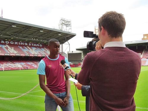 westham-signs-nigerian-player-1