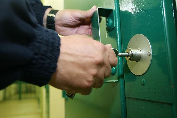Five prison officers taken hostage by inmate
